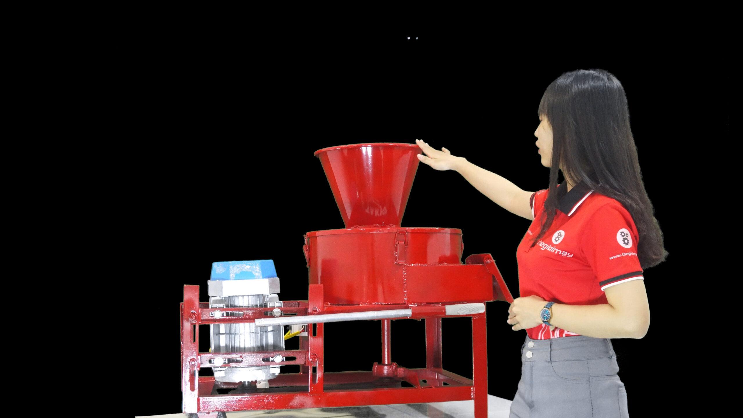 Máy băm chuối Takyo TK 3000 TẠI BẠC LIÊU, dòng máy băm thái chuối tốt nhất để băm thái thức ăn cho gia súc gia cầm